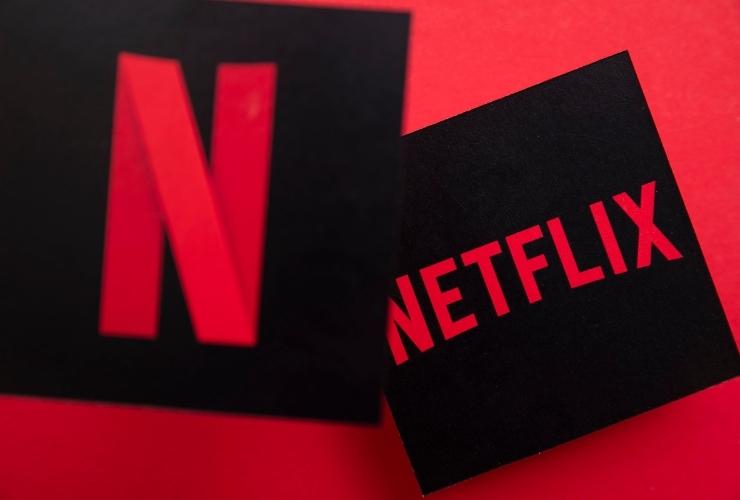 ดูหนังด้วย Netflix ไปพร้อมกัน